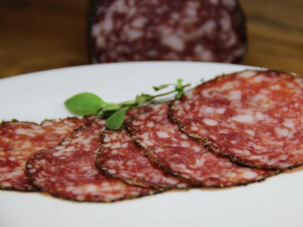 Salami-geschnitten